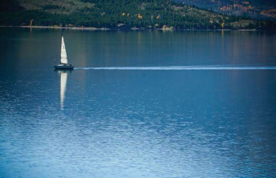 Sailboat on a mountain lake
